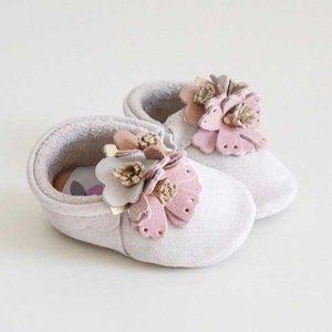 Butterfly Kids Buciki niechodki niemowlęce Mokasyny Flowers Carrie 10 cm