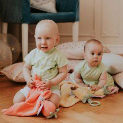 Ananaski komplet dla niemowląt bliźniąt na lato