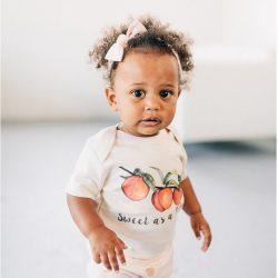 Urban Baby Co. Eleganckie Body dziecięce z bawełny organicznej soczysta brzoskwinia