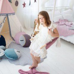 Cozydots Huśtawka do pokoju dziecka – Velvet Boho Swing Dark Pink