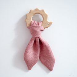 Piumino Drewniany gryzak dla niemowląt Jeżyk Różowy