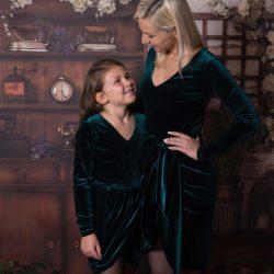 Luna aksamitna elegancka sukienka dla mamy
