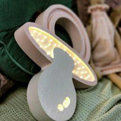 HappyWall Drewniana Lampka dla niemowląt Cumelek