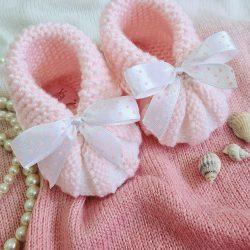 Handmade  buciki dla dziewczynki na chrzest święty
