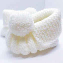 Białe buciki niemowlęce 100%handmade