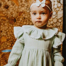 Abrakadabra sukienka dla dziewczynki z muślinu