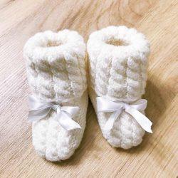 Buciki niemowlęce z kokardką wełniane handmade